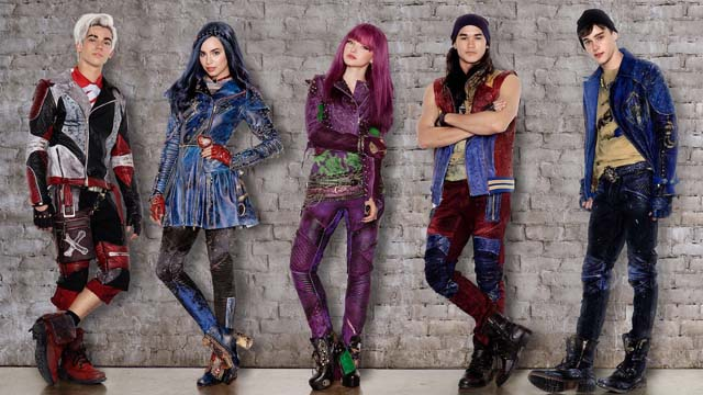 Exclusive Interview With Dove Cameron Thomas Doherty And Cameron Boyce Teenzone